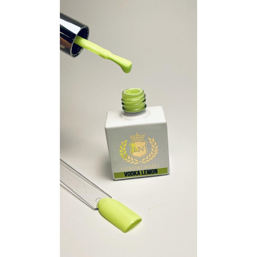 Luxury Gél Lakk 69 - Vodka Lemon 8ml